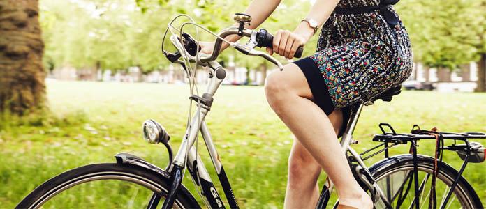 Študent na kolesu